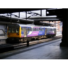 RT142-306 Class 142 Set Number 142996 Northern Livery